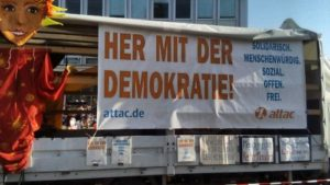 """Bild von der Demo """"Unteilbar"""" in Berlin"""